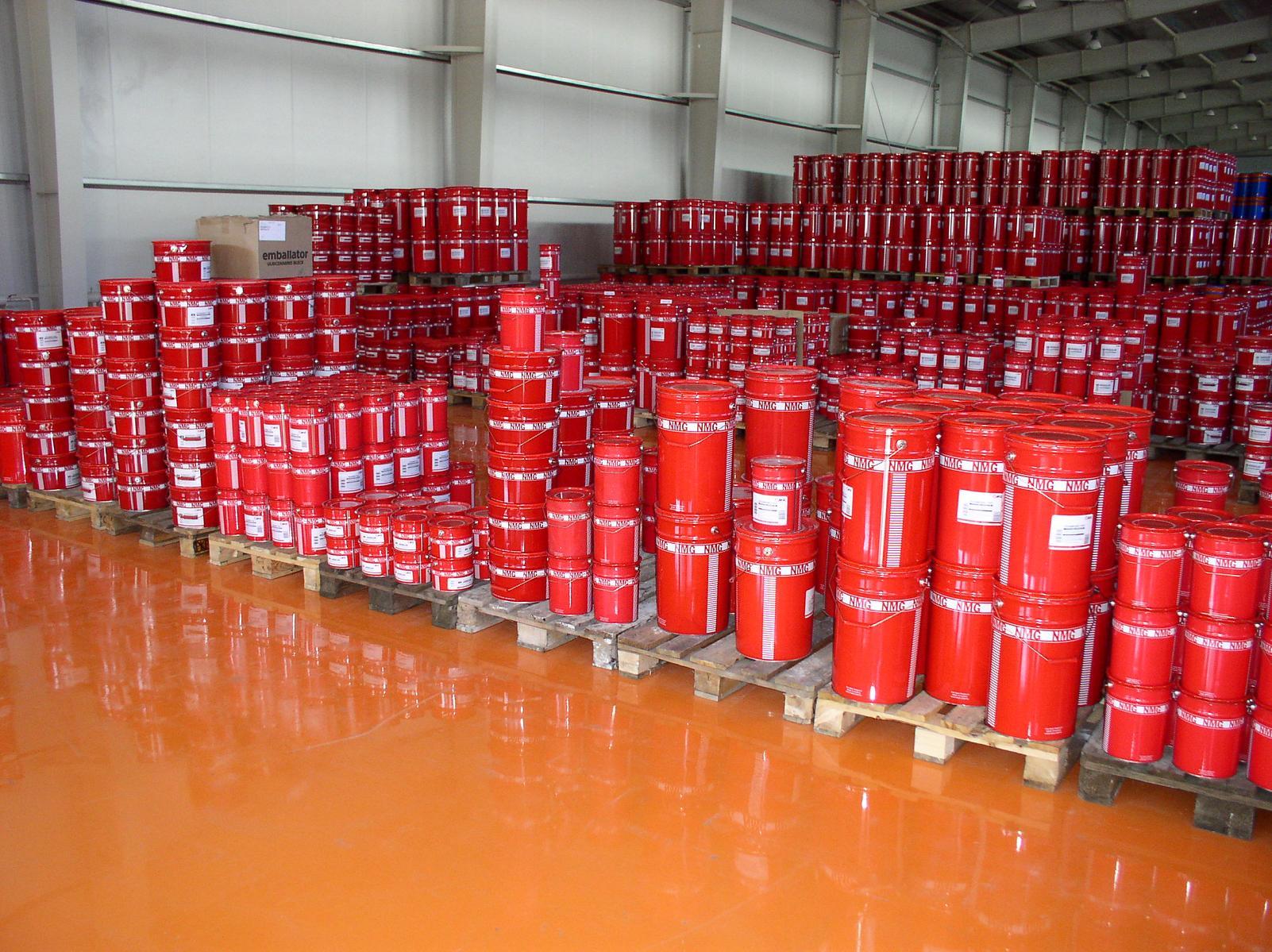 приступ завод лакокрасочных изделий выпускает краску в упаковках работу вахтовым методом